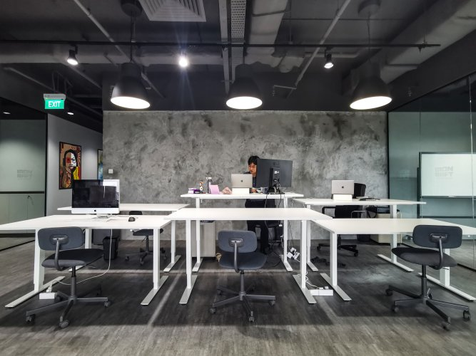 VIEW 01 - GENERAL WORKING SPACE